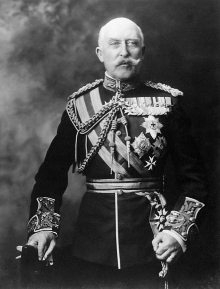 HRH the Duke of Connaught, Governor General of Canada from 1911 to 1916. Date: circa 1911. Photographer: Notman & Son. Reference: Library and Archives Canada, PA-029978.