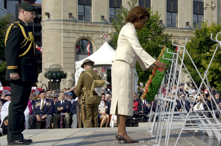 The Governor General and His Excellency  Jean-Daniel Lafond took part in a special wreath laying ceremony at the National War Memorial and the Tomb of the Unknown Soldier  in Ottawa on July 1, 2006, to mark the 90th anniversary of the Battles of the Somme and Beaumont-Hamel.  The commemorative wreath laying ceremony included a traditional service of Remembrance and was followed by a veterans and Canadian Forces military parade.