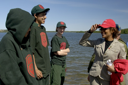 The Governor General and Jean-Daniel Lafond visited a group of Canadian Rangers and Junior Rangers on exercise on Great Slave Lake's Hideaway Island on June 20, 2006. The Rangers offered demonstrations of traditional skills such as fishing, snaring and trapping.  The Governor General's five-day visit to the Northwest Territories began in Yellowknife with stops in Fort Simpson and in the Nahanni National Park Reserve of Canada.  Meeting with the Aboriginal community, youth and women was at the core of the Governor General's visit to the Northwest Territories. This was her 9th territorial or provincial visit since the beginning of her mandate.