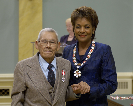 <p>The Governor General of Canada presided at an Order of Canada investiture ceremony at Rideau Hall on Friday, October 6, 2006.<p>