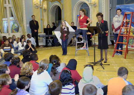 An opera for children at Rideau Hall - Presentation of Elijah's Kite