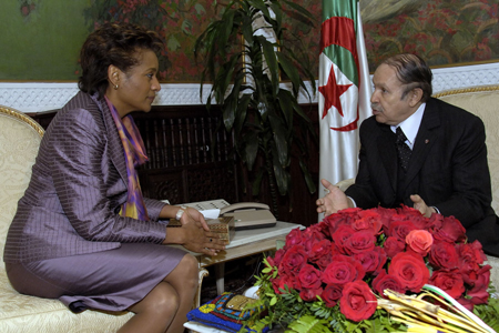 Governor General meets with the President of the people's Democratic Republic of Algeria (Algiers)