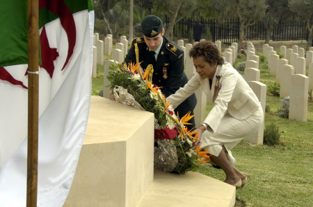 Wreath-laying ceremony at the Commonwealth War Cemetery (Algiers)