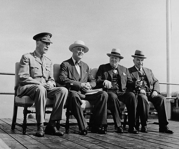 The Earl of Athlone hosts the American President Franklin D. Roosevelt, the British Prime Minister Winston Churchill, and the Canadian Prime Minister Mackenzie King for the Second Québec Conference, at the Citadelle. Date: September 12, 1944. Photographer: National Film Board of Canada. Reference: Library and Archives Canada, C-026921.