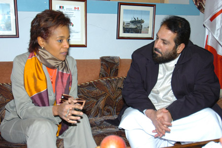 Her Excellency the Right Honourable Michaëlle Jean, Governor General of Canada, sits down for a private conversation with Ghulam Jilani Hamayon, the Deputy Governor of Kandahar Province.