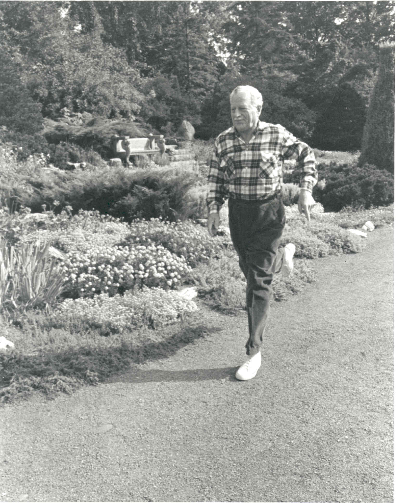 A keen sportsman, Governor General Roland Michener would jog daily when he was at Rideau Hall. Date: August 1967. Photographer: Duncan Cameron. Reference: Library and Archives Canada, PA-117119.