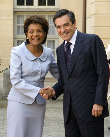 Her Excellency is greeted by the Prime Minister of the French Republic, His Excellency François Fillon upon her arrival in France for a 5-day official visit.