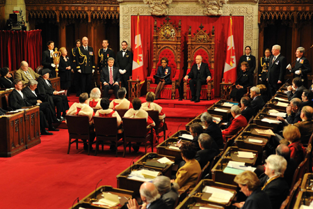 Her Excellency the Right Honourable Michaëlle Jean, Governor General of Canada, is about to deliver the Speech from the Throne.