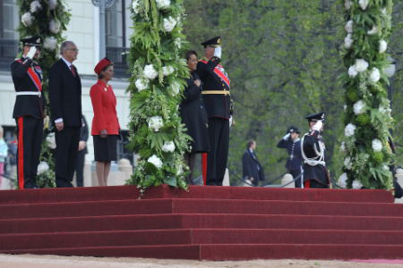 Their Majesties King Harald V and Queen Sonja of Norway officially welcomed Their Excellencies to Norway during a ceremony with military honours at the Royal Palace in Olso.