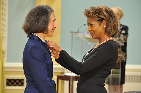 Her Excellency the Right Honourable Michaëlle Jean, Governor General of Canada, presented the insignia of member of the Order of Canada to Judith Chernin Budovitch, C.M. Judith Budovitch is dedicated to enriching the cultural and social fabric of her community and province.