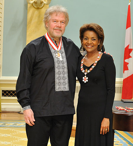 Her Excellency the Right Honourable Michaëlle Jean, Governor General of Canada, presented the insignia of officer of the Order of Canada to Randolph C. (Randy) Bachman, O.C., O.M. An icon of Canadian rock music, Randy Bachman has written, performed and produced hit records and singles for more than four decades.