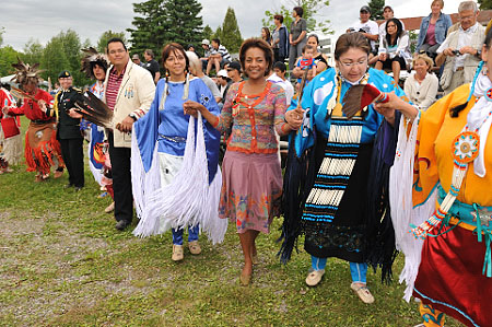 Her Excellency was please to participate in traditional dancing demonstrations.