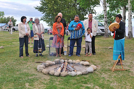 Their Excellencies also attended a sacred fire ceremony.