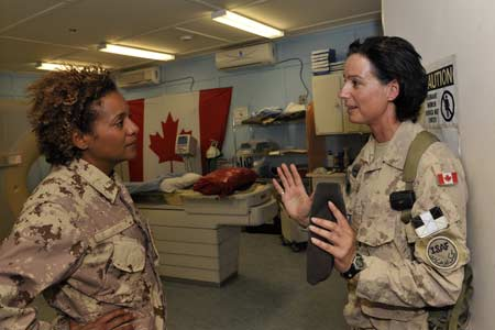 Her Excellency spoke to Colonel Savard on the medical services offered  to the Canadian soldiers and the Afghan people.