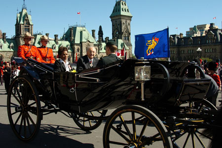 Her Excellency the Governor General and His Excellency Jean-Daniel Lafond leave for Rideau Hall by landau with mounted escort.