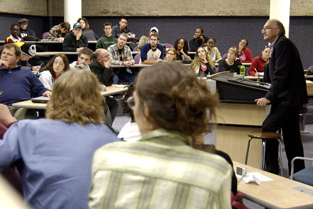 On October 19, 2005, His Excellency Jean-Daniel Lafond took part in a lunch time discussion about media arts and civic engagement with Manitoba-based filmmakers, videographers and producers and later met with students at the Collège universitaire de Saint-Boniface for a discussion on cinema and the portrayal of reality.