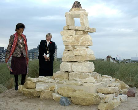 <p>Her Excellency, The Right Honourable Michaëlle Jean, Governor General and Commander-in-Chief of Canada at the Unveiling of an Inuksuk built by Peter Irniq at the Juno Beach Centre in Normandy, France, on October 30th, 2005.</p>