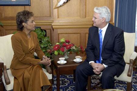 "On March 7, 2006, in Victoria, the Governor General met privately with the Honourable Gordon Campbell, Premier of British Columbia. Prior to meeting with him, she addressed the Legislative Assembly. ""British Columbia has a long tradition of electing members from immigrant and minority communities who have ensured that this legislature has led the way in reflecting the rich diversity of your province's, and Canada's population,"" she said."