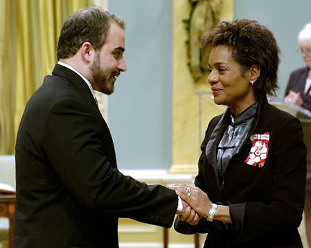 Her Excellency the Right Honourable Michaëlle Jean, Governor General of Canada, will preside over a presentation ceremony of the Decorations for Bravery at Rideau Hall on Friday, December 2, 2005