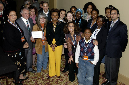 On Wednesday April 26, Her Excellency the Right Honourable Michaëlle Jean, Governor General of Canada, visited Montreal to meet with members of Vues d'Afrique and to deliver remarks at an evening dedicated to Léopold Sédar Senghor.</p>