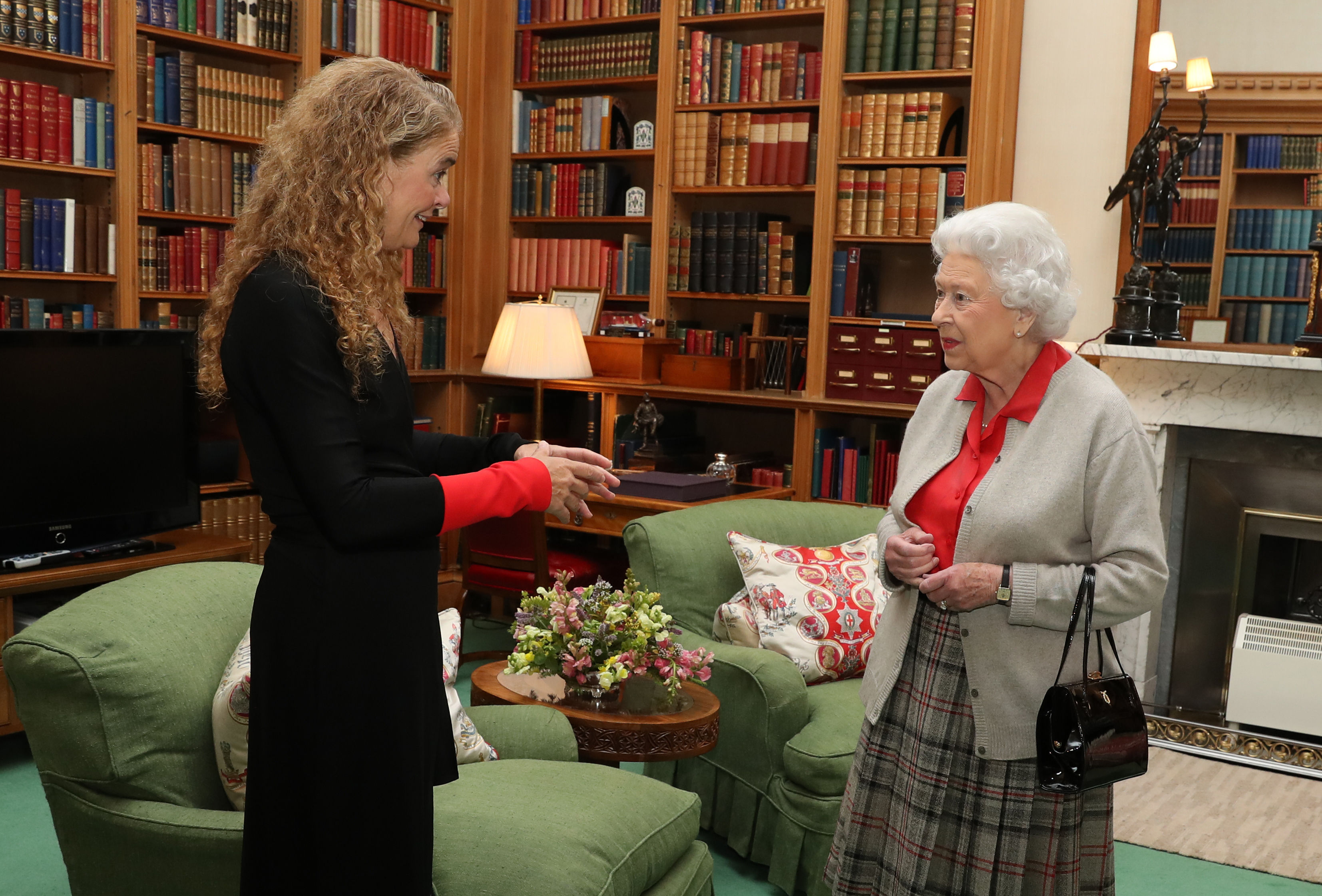 Governor General Designate Julie Payette had her first audience with Her Majesty The Queen on September 20, 2017. The meeting took place at Balmoral Castle, Her Majesty's summer residence in Scotland.
