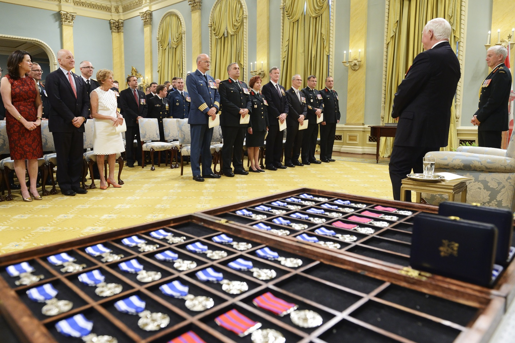 His Excellency the Right Honourable David Johnston, Governor General and Commander-in-Chief of Canada, presented Meritorious Service Decorations (Military Division) and Bravery Decorations to members of the Canadian Armed Forces (CAF) and allied forces, during a ceremony at Rideau Hall.