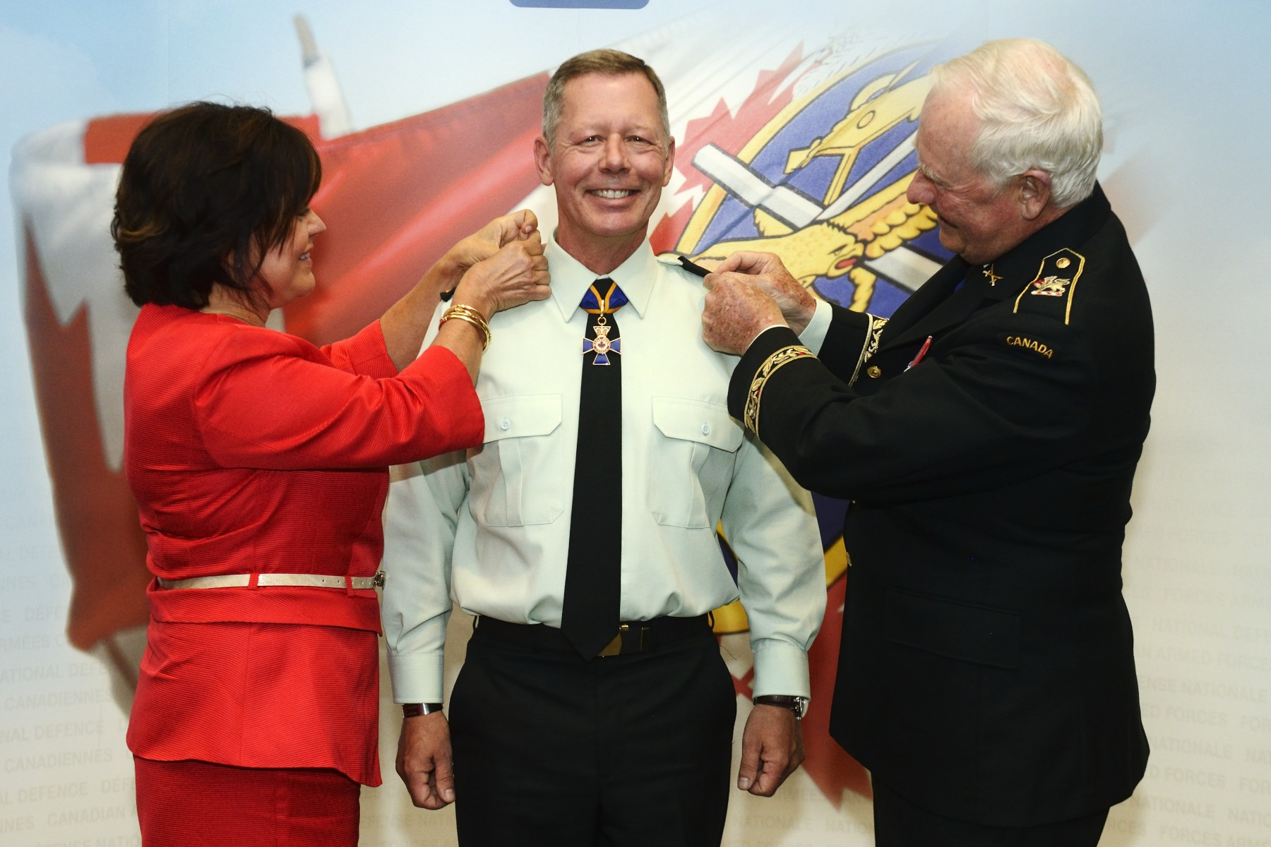 Lieutenant-General Jonathan Vance was promoted to General during a private ceremony presided over by His Excellency.