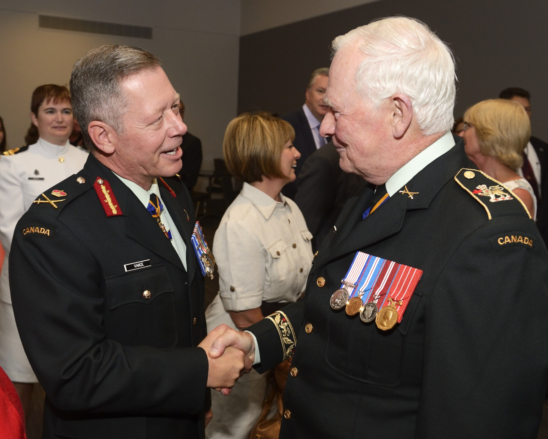 The Governor General and Commander-in-Chief of Canada presided over the ceremony marking the Change of Command of the Canadian Armed Forces from General Tom Lawson to Lieutenant-General Jonathan Vance, who has been promoted to General.