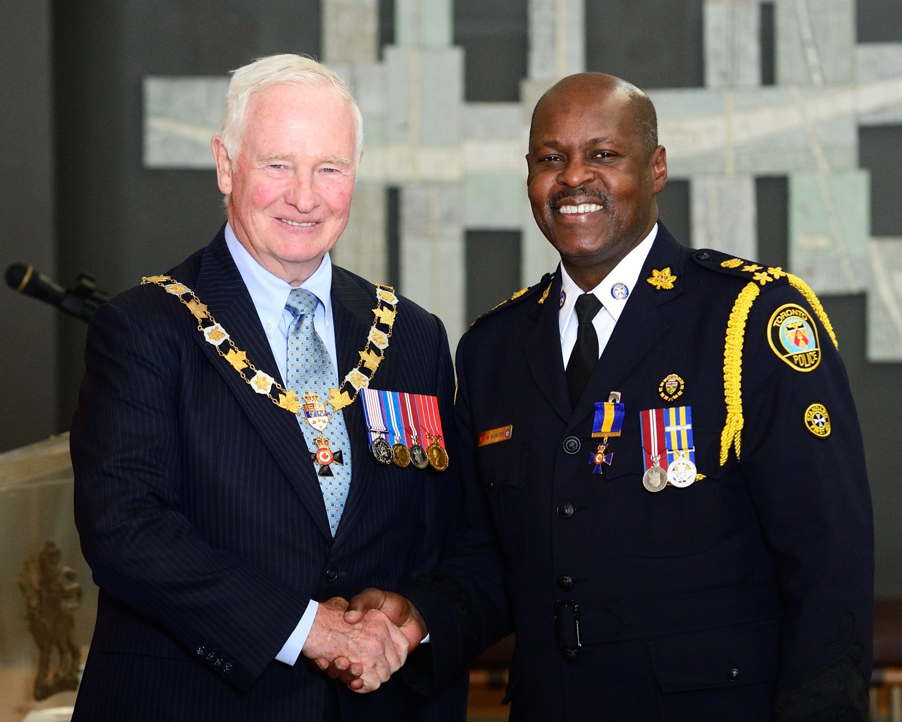 Chief Mark Saunders, O.O.M., of the Toronto Police Service was among the 31 recipients who were invested of the Order.