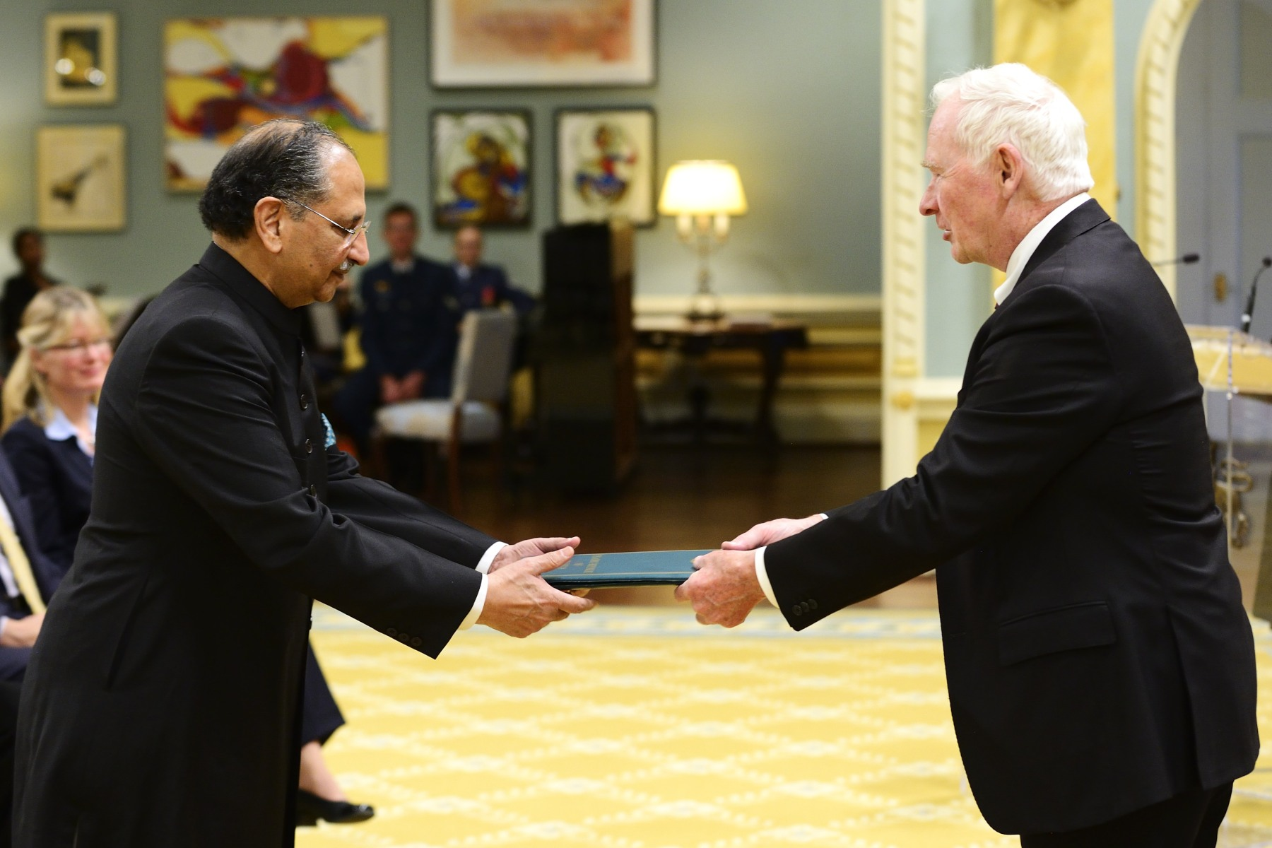 His Excellency Tariq Azim Khan, High Commissioner for the Islamic Republic of Pakistan, was the first to present his letters of credence to the Governor General.