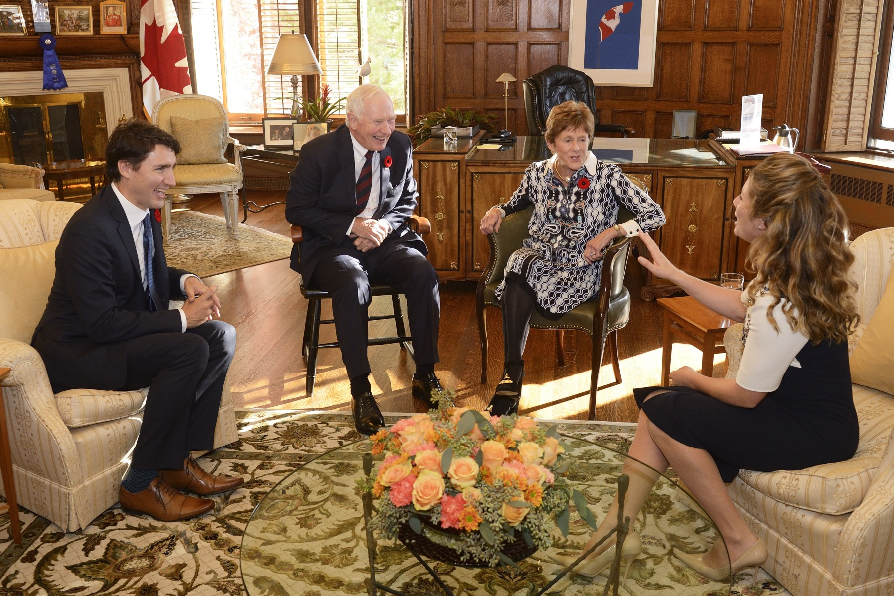 Prior to the start of the ceremony, Their Excellencies met with the Prime Minister-designate and Mrs. Grégoire-Trudeau.