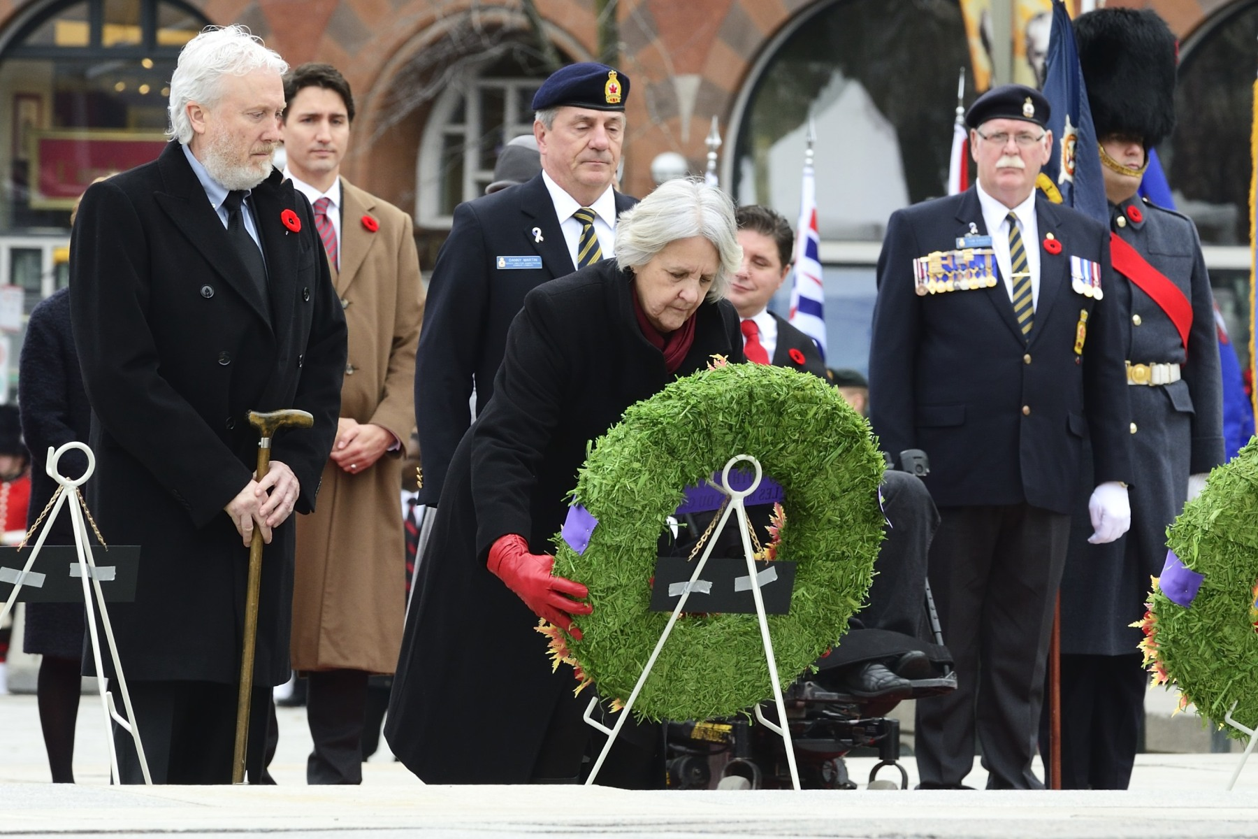 2015 National Silver Cross Mother Mrs. Sheila Elizabeth Anderson laid a wreath on behalf of all Canadian mothers who have lost a son or a daughter at war.