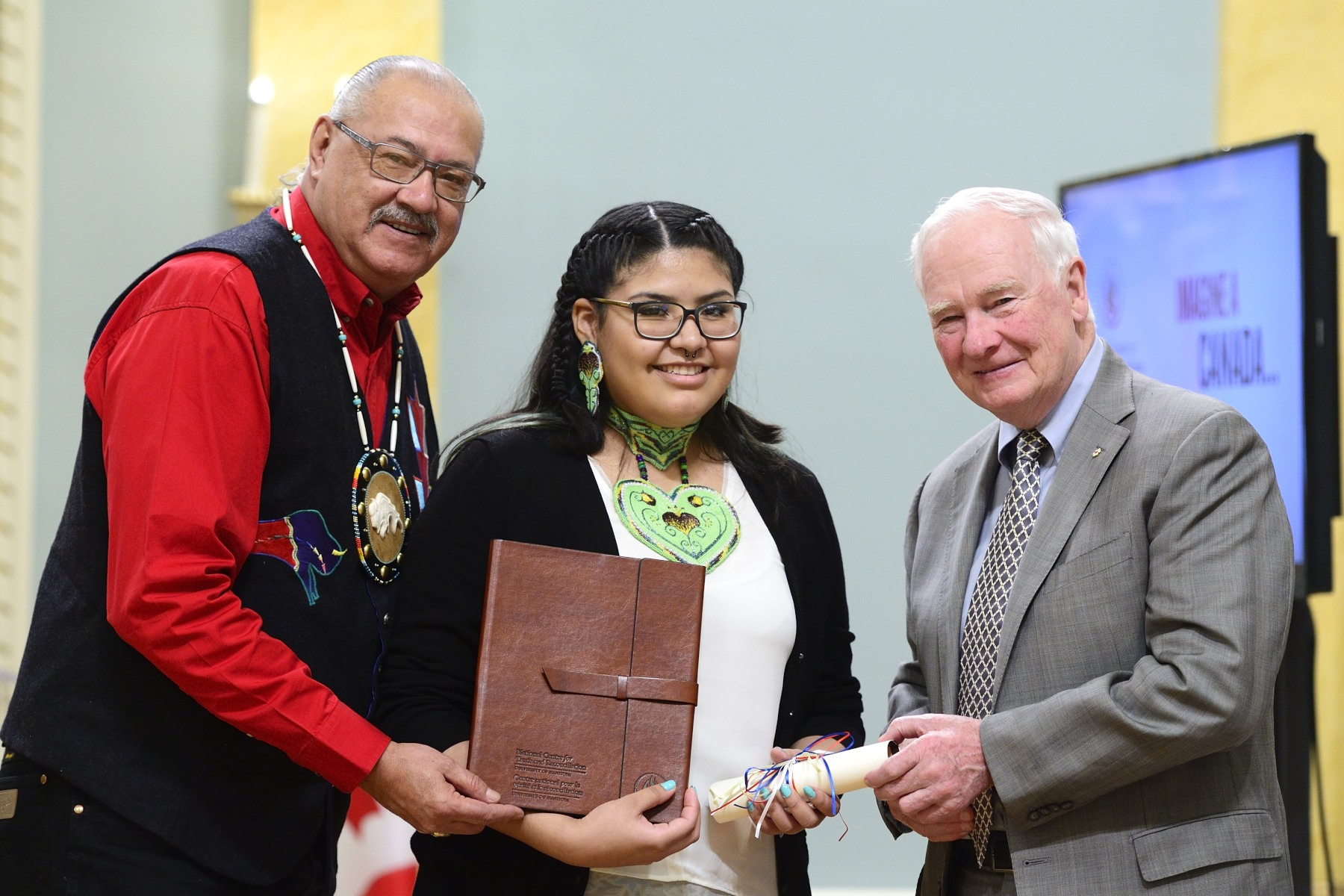 Inspired by her grandmother and the Cree and Nakota people of central Alberta, Angeline Gutierrez-Rain, a grade 12 student, received congratulations for her gripping painting.