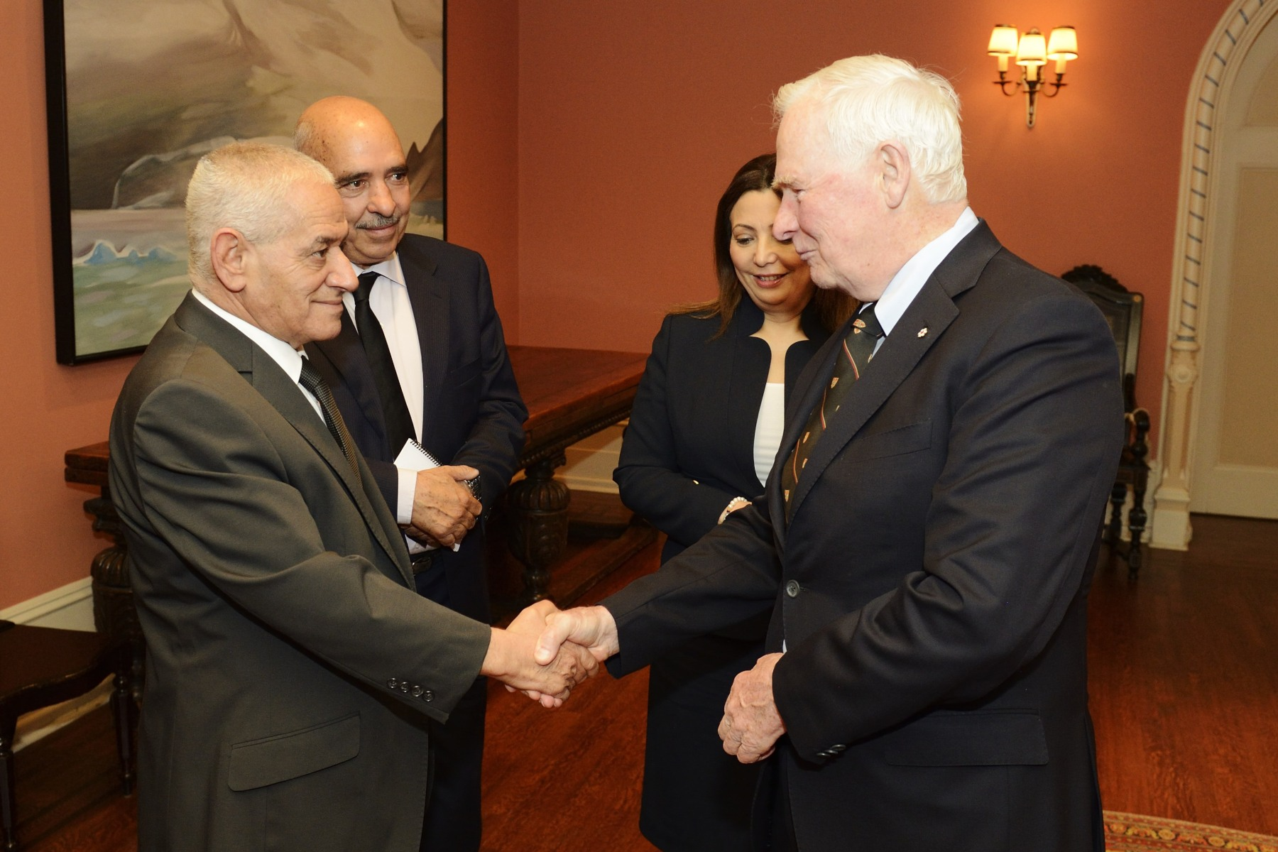 The Governor General also greeted Mr. Houcine Abassi, Secretary General of the Tunisian General Labour Union.