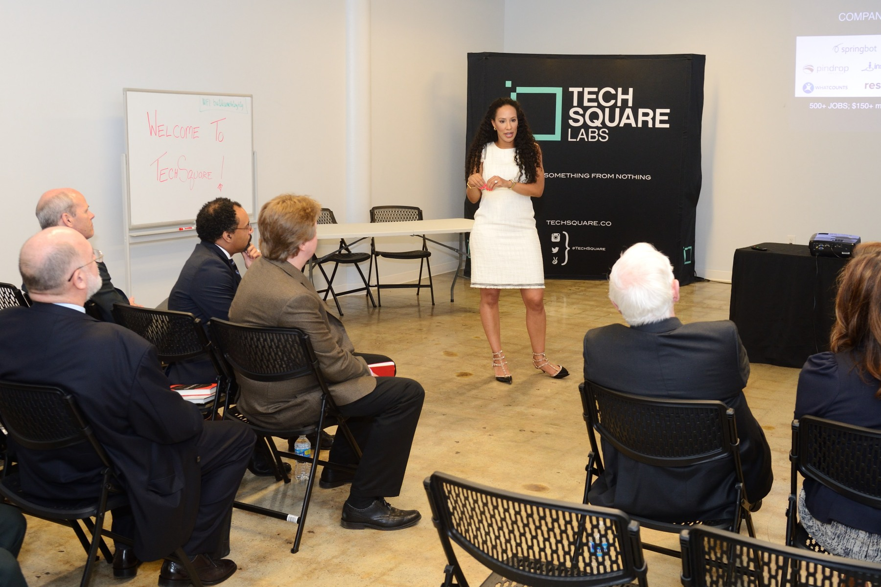 On May 25, 2016, His Excellency began his second day in Atlanta by visiting the Tech Square Labs, an incubator and seed fund, with 25 000 square feet of co-working and corporate innovation space.