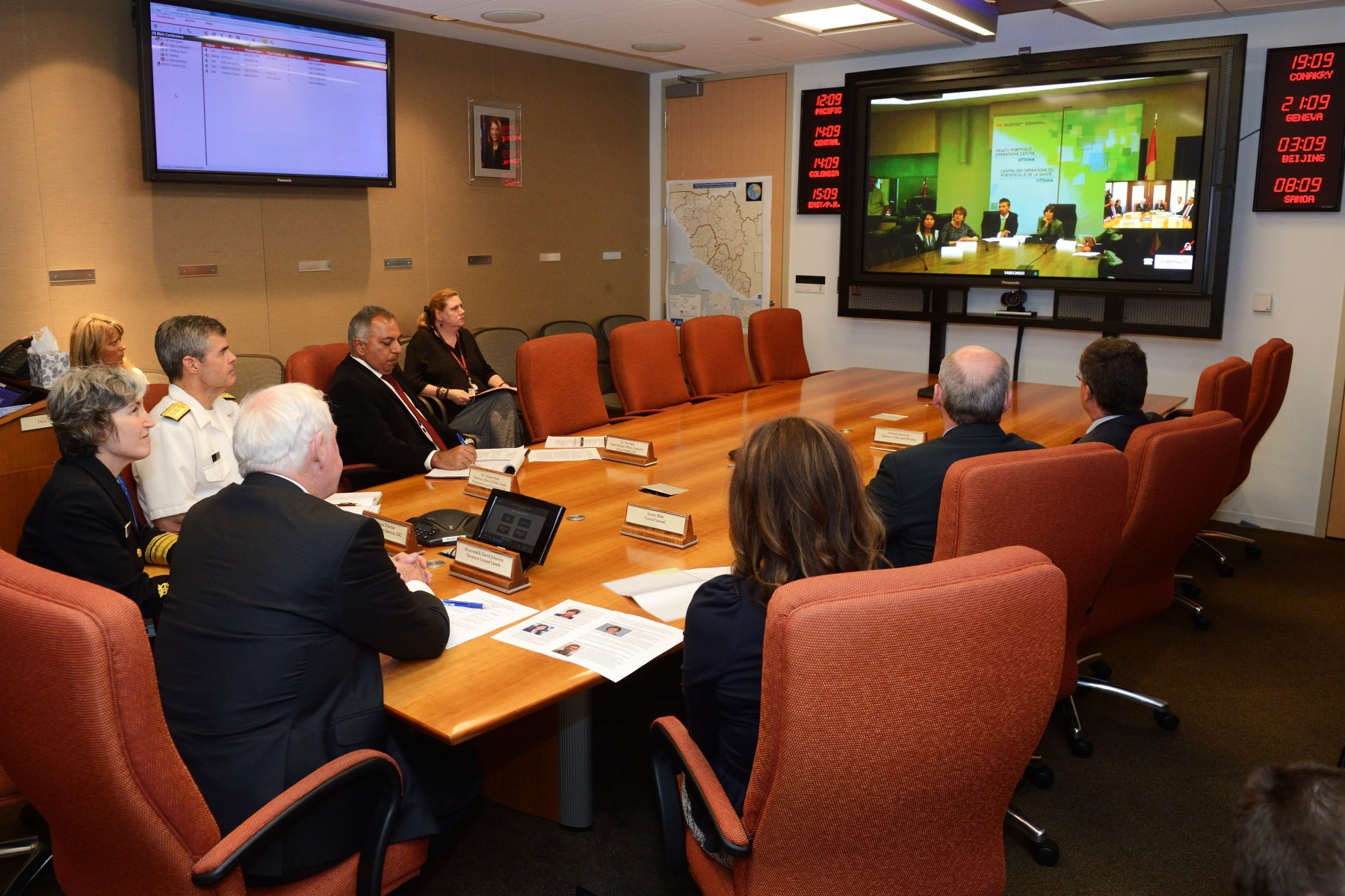 The Governor General participated in a video conference between CDC officials and Public Health Agency of Canada (PHAC) officials to discuss innovative ways to communicate information on disease crisis and prevention to the world.