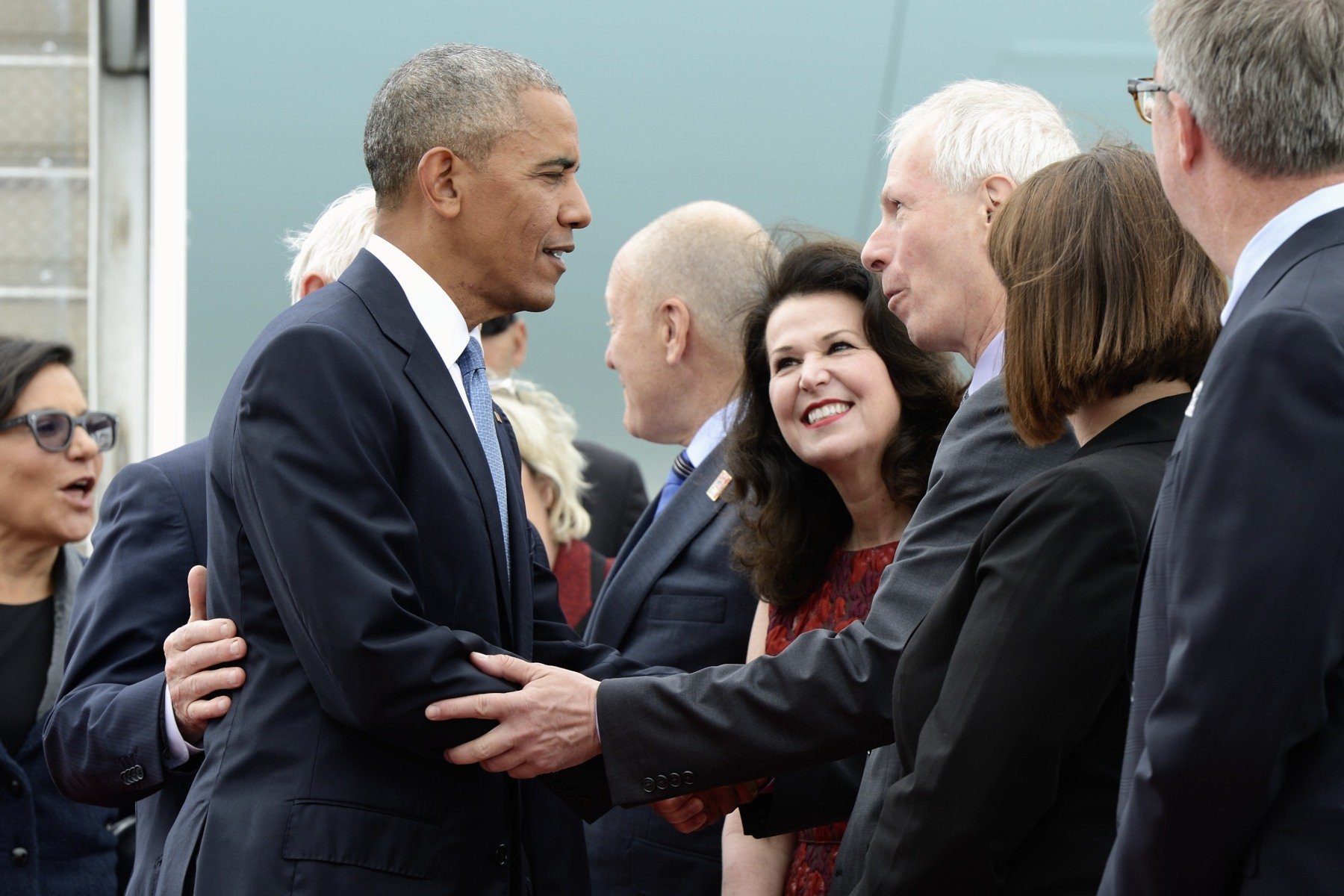 President Obama was also welcomed by the Honourable Stéphane Dion, Minister of Foreign Affairs.