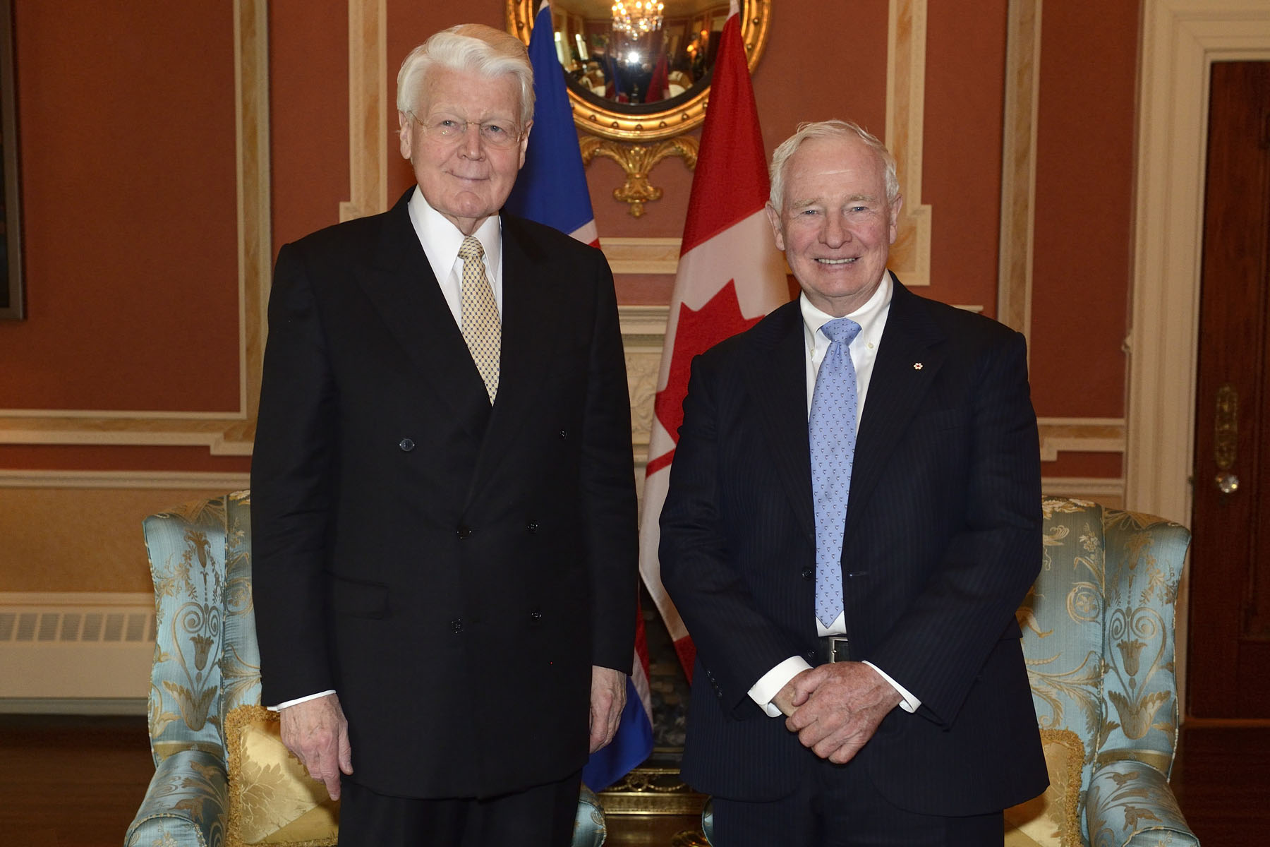 His Excellency the Right Honourable David Johnston, Governor General of Canada, met with His Excellency Dr. Ólafur R. Grímsson, President of the Republic of Iceland, at Rideau Hall.