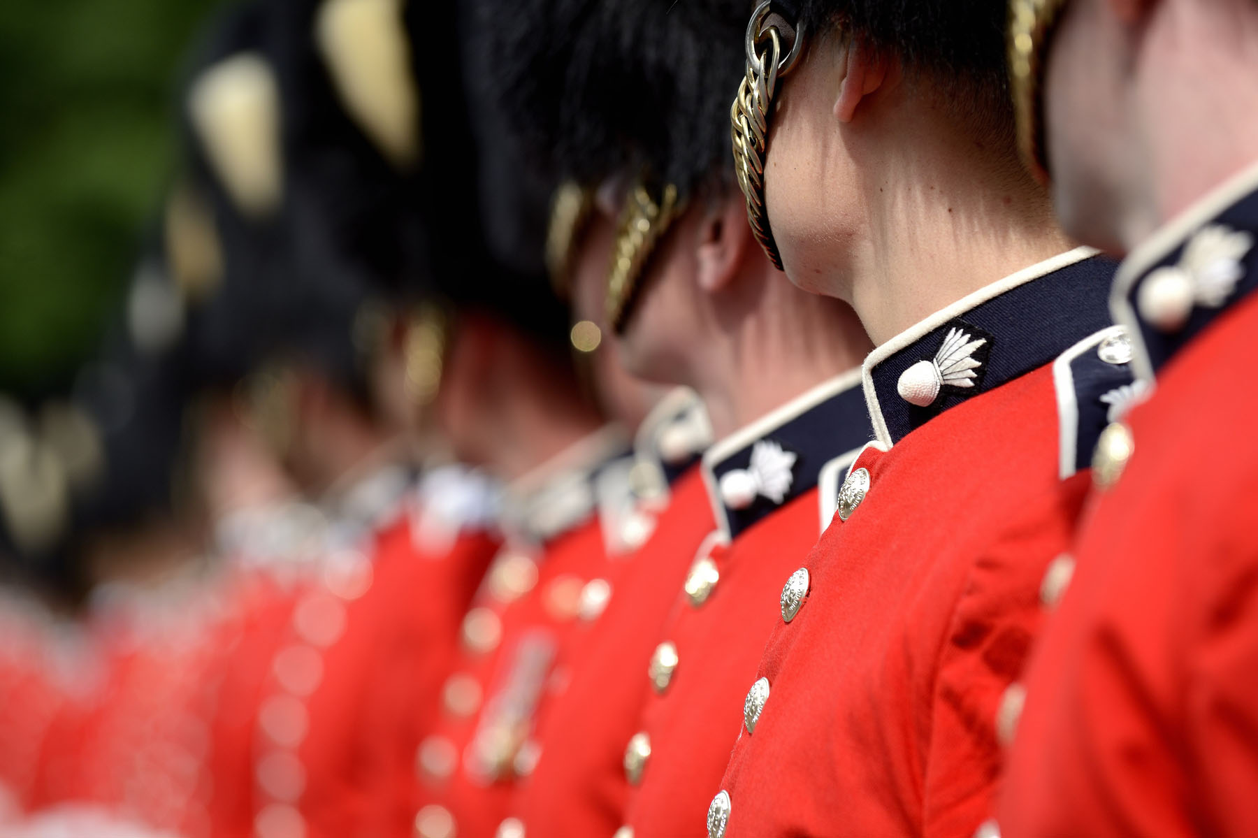 From June 28 to August 22, come see the Relief of the Sentries on the grounds of Rideau Hall. In this much-loved ceremony, sentries are led by a piper to their posts at Sussex Gate and in front of the residence, every hour, on the hour, from 9 a.m. to 5 p.m.