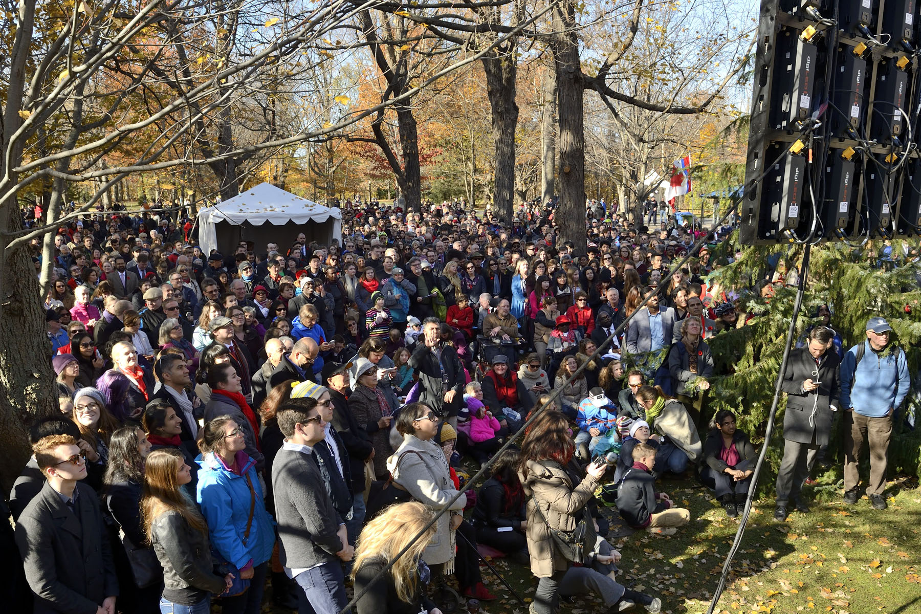 More than 3,500 members of the public witnessed the swearing-in ceremony on the grounds of Rideau Hall.
