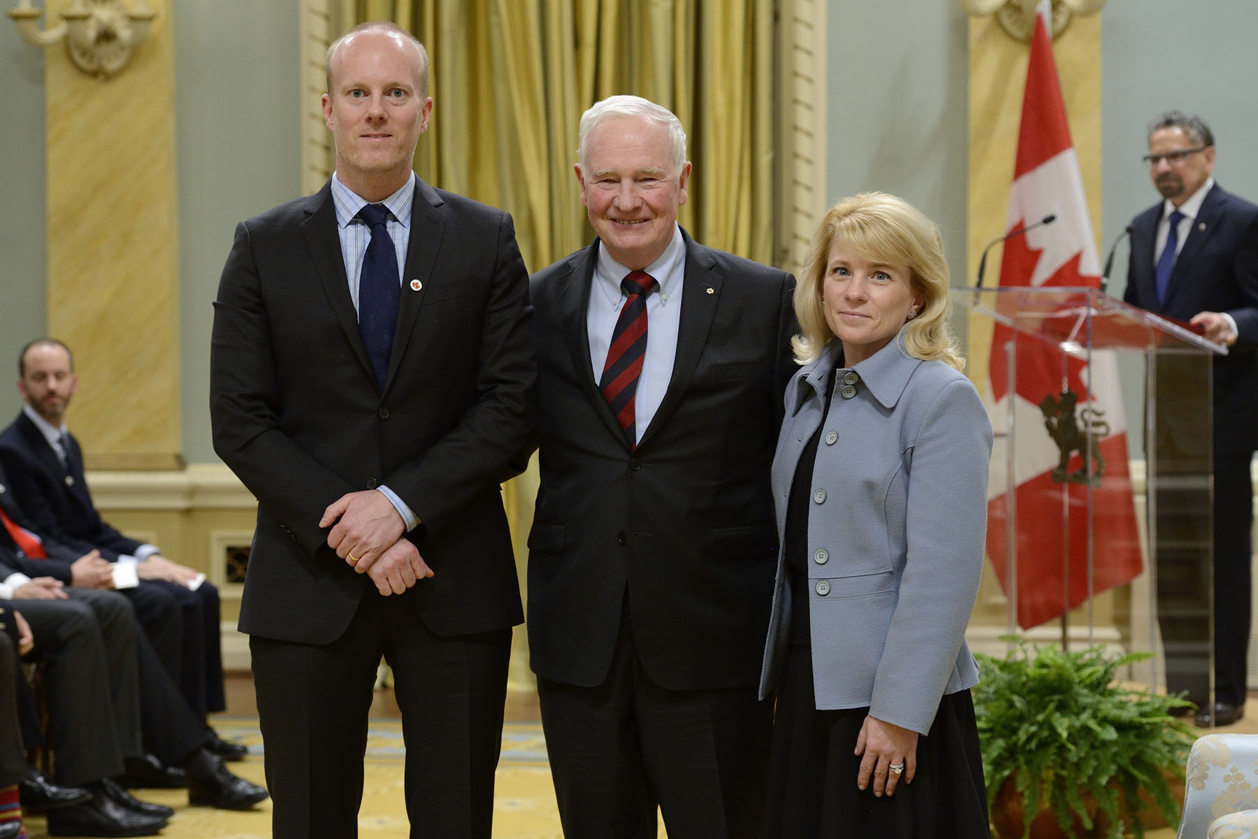 Ms. Shana Kelley (University of Toronto)and Mr. Edward H. Sargent, (University of Toronto) received the Brockhouse Canada Prize for Interdisciplinary Research in Science and Engineering.