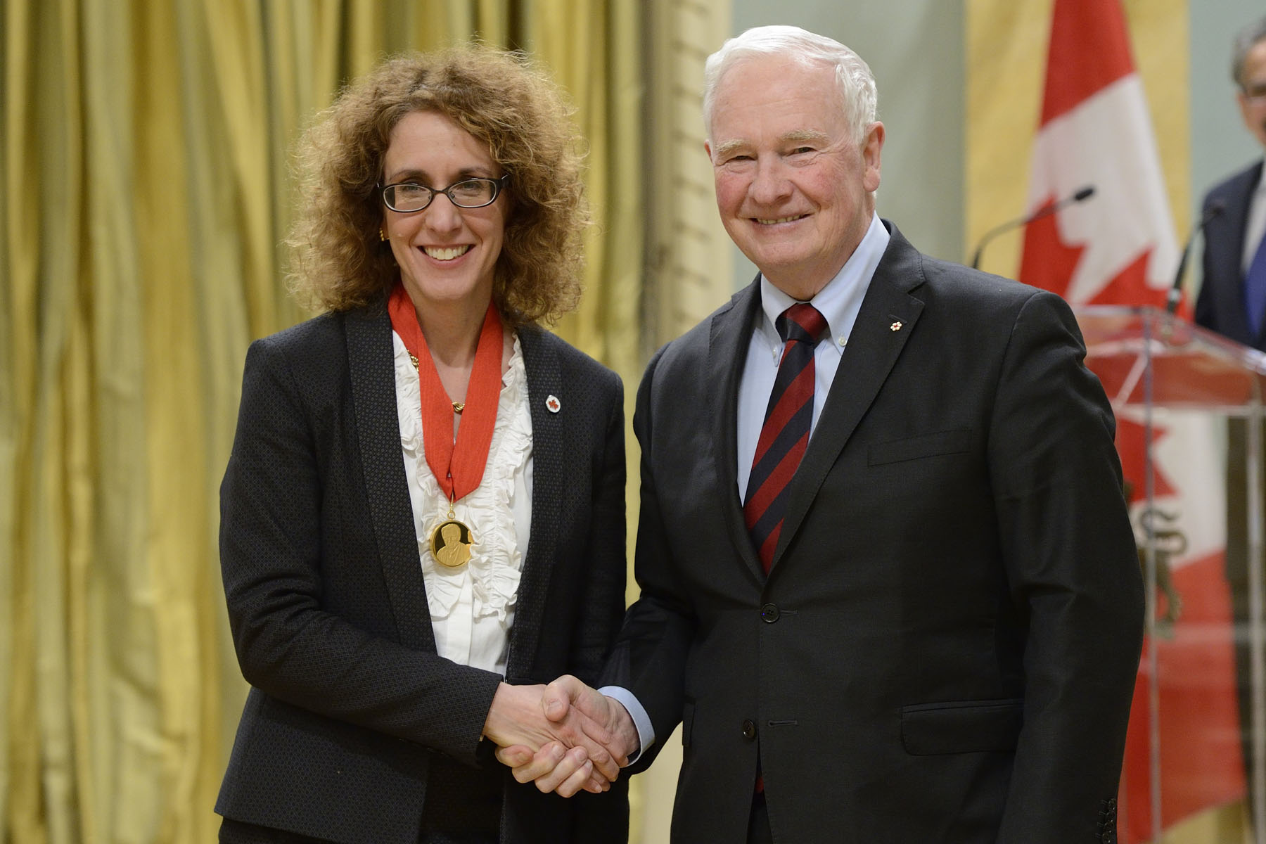 Ms. Victoria M. Kaspi¸(McGill University) received the Gerhard Herzberg Canada Gold Medal for Science and Engineering.