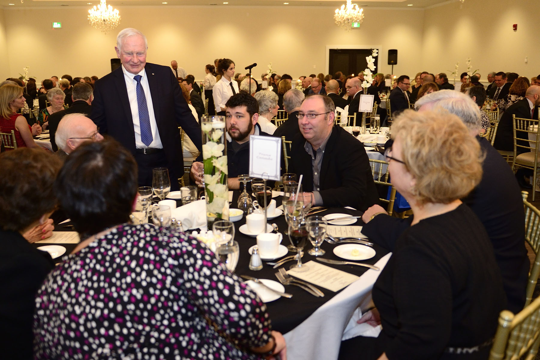 Their Excellencies attended a dinner hosted by the city of North Bay and local services clubs.