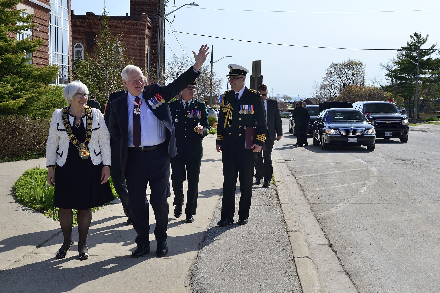 His Excellency the Right Honourable David Johnston, Governor General of Canada visited Meaford and Owen Sound. Upon arrival in Meaford, His Excellency was greated by Her Worship Barbara Clumpus.
