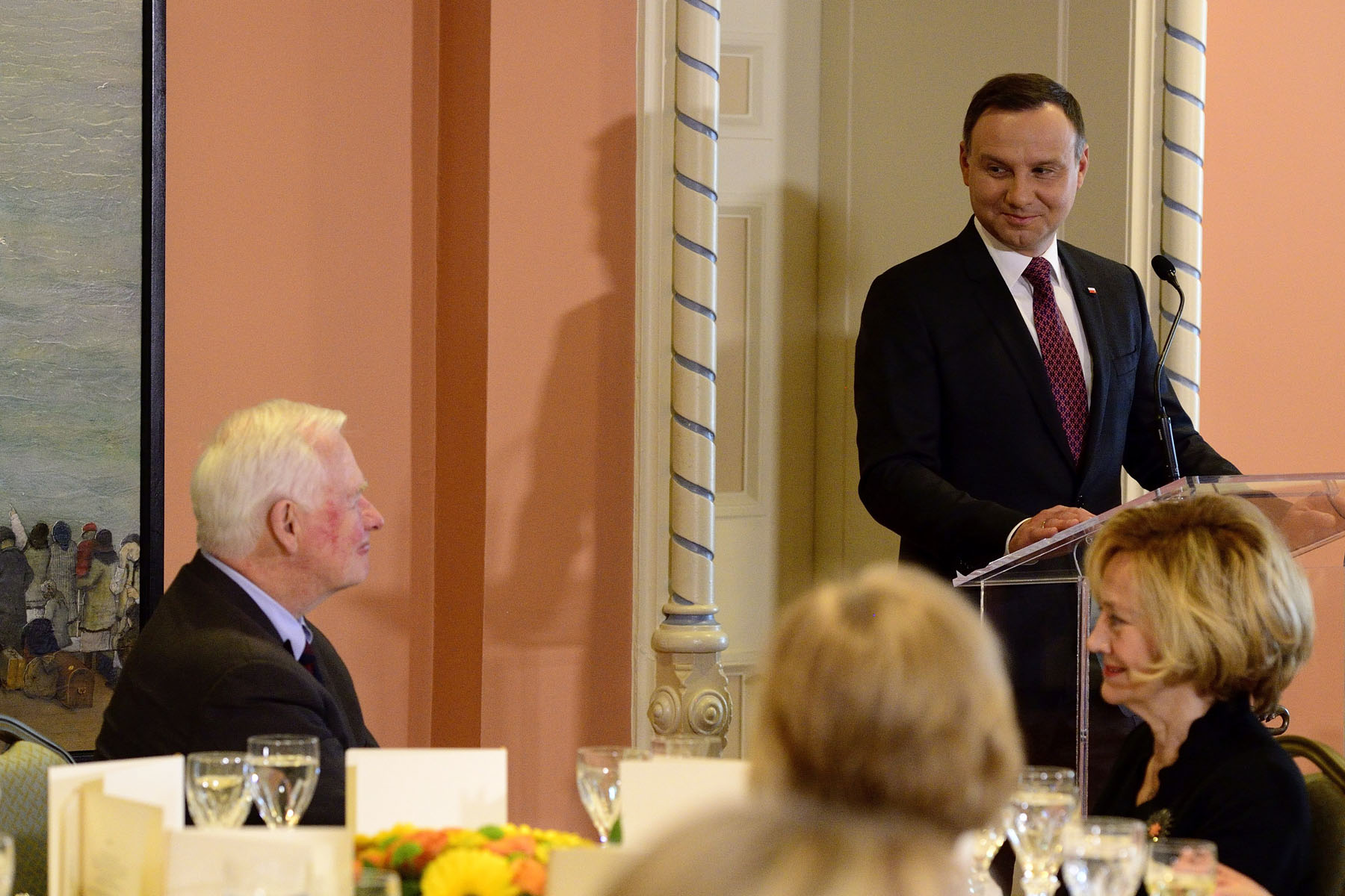 Their Excellencies hosted a working luncheon during which leaders from the private and public sectors talked about trade and innovation. The Governor General and the President delivered remarks on the occasion.