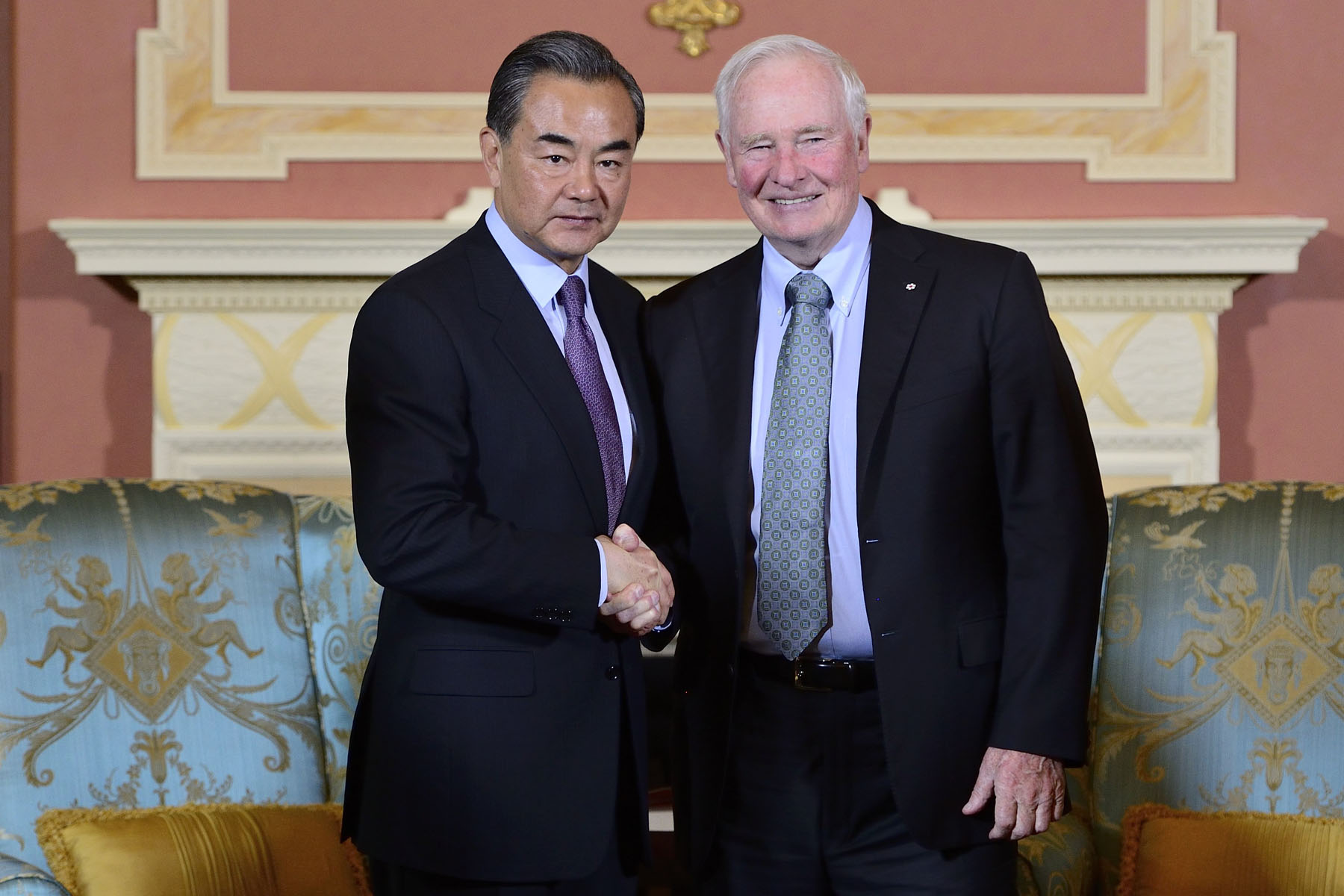 The Governor General met with His Excellency  Wang Yi, Minister of Foreign Affairs of the People's Republic of China, at Rideau Hall, on June 2, 2016.
