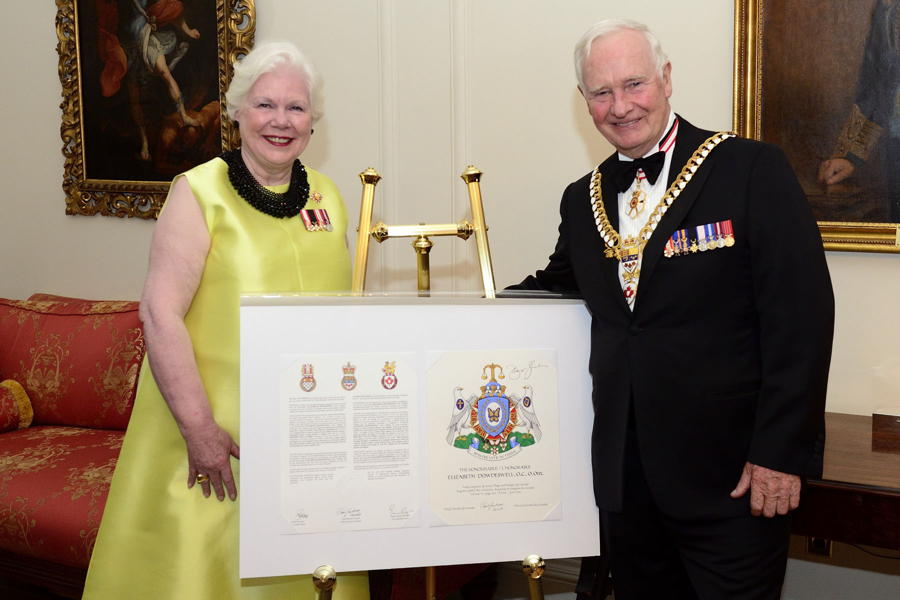 Her Honour the Honourable Elizabeth Dowdeswell, Lieutenant Governor of Ontario, was also presented with her new coat of arms.