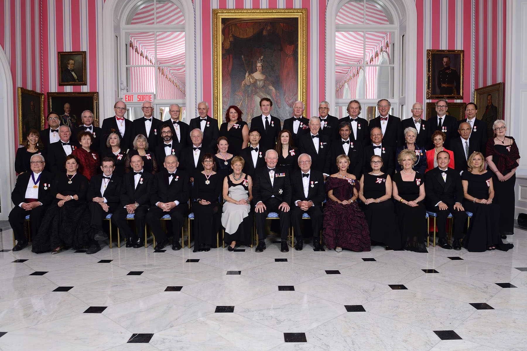 Group photo taken prior to the formal dinner held in honour of the newly invested recipients of the Order of Canada.