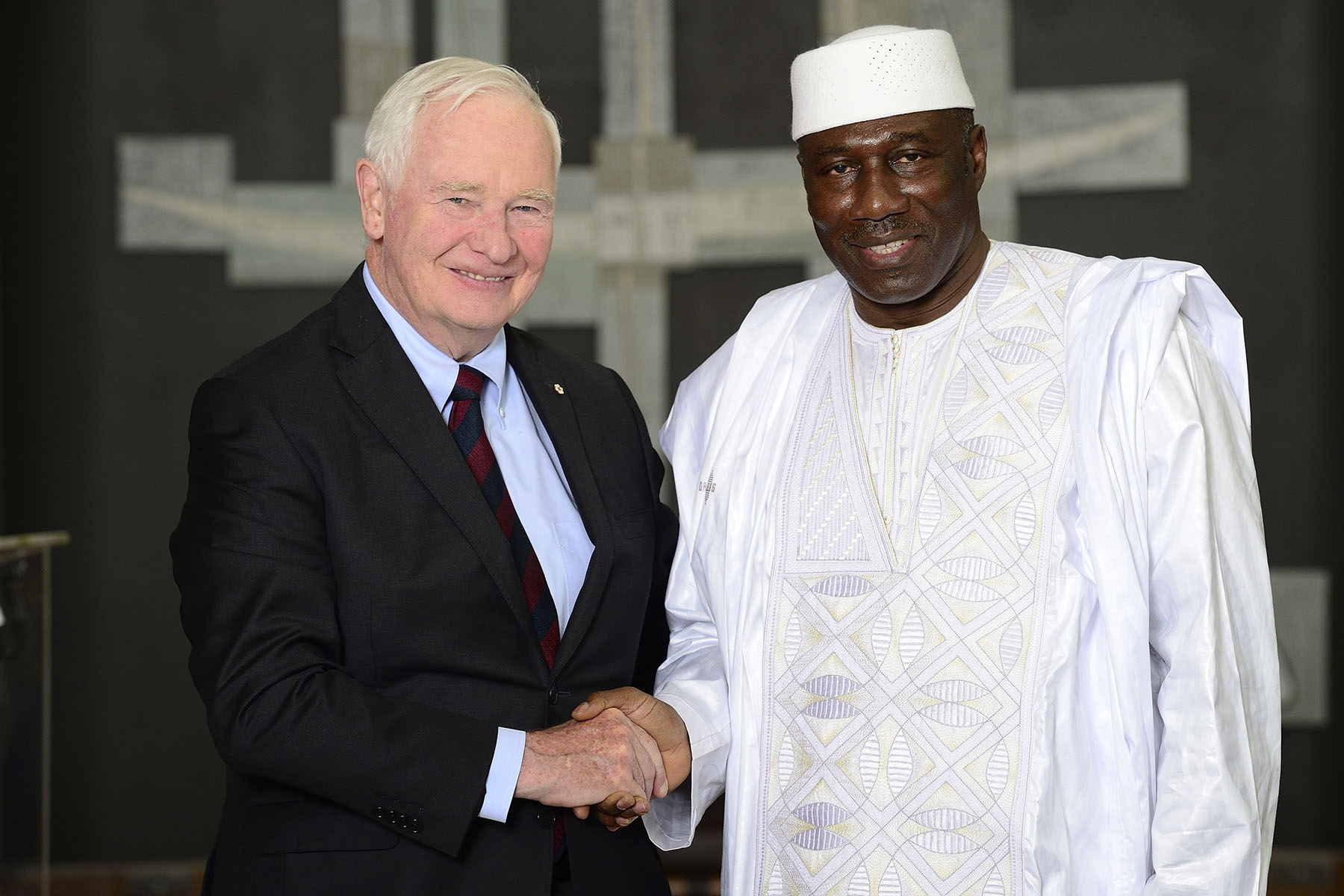 The Governor General also received the letters of credence of His Excellency Mahamadou Diarra, Ambassador of the Republic of Mali.