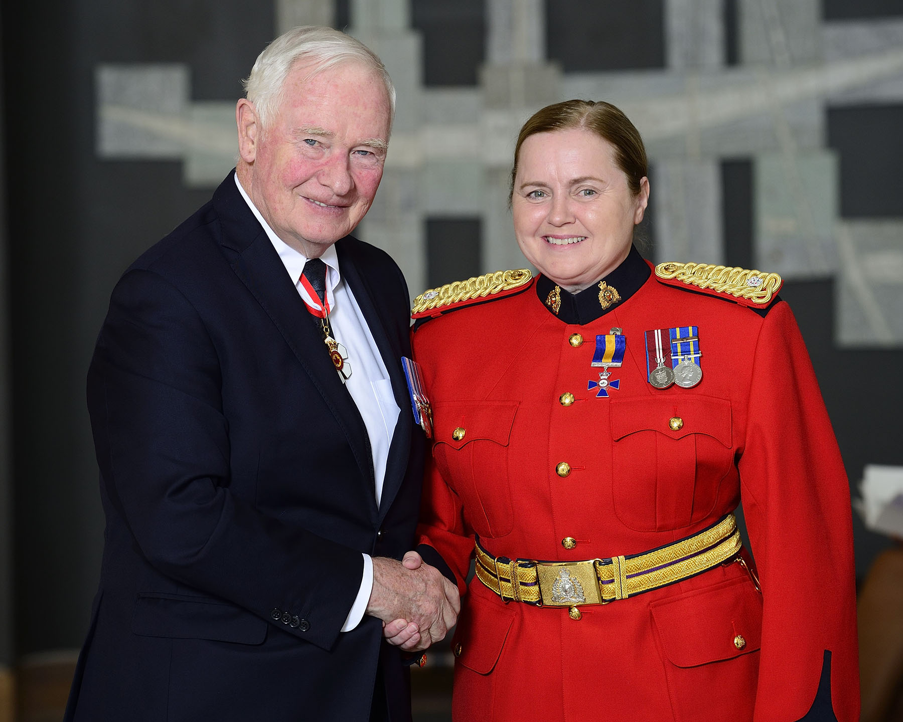 His Excellency invested Staff Sergeant Lauren Weare in the Order of Merit of the Police Forces for the strong relationships she has built between the RCMP and the communities she serves, notably among First Nations citizens and women victims of violence.